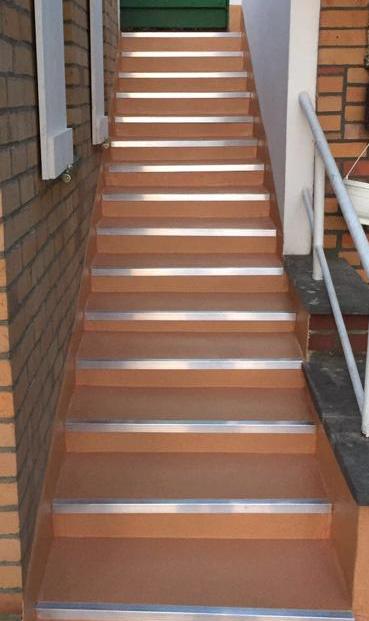 Treppe Trilfex Bodenbeschichtung Saniert.png